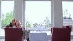 18 år gamla vita flådda brud