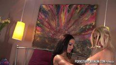 Angelina Valentine och Brooklyn Bailey