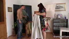 Den kvinnliga målare och modellen