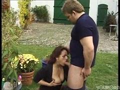 A vöröshajú feleség meg a kertész