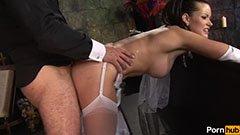 Den vackra bruden pratar penis